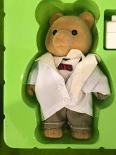 Sylvanian Families Doctor Murdoch and accessories - Tomy