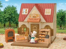 Sylvanian FAmilies Cosy Cottage starter kit with bakery