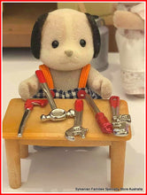 Sylvanian FAmilies dog beagle tools