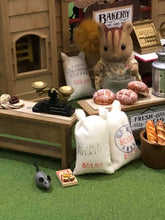 Sylvanian Families Squirrel mother at bakery