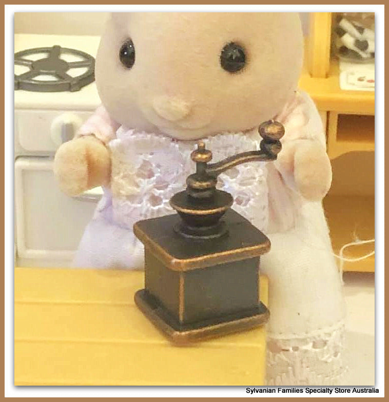 Sylvanian Families mother rabbit coffee grinder