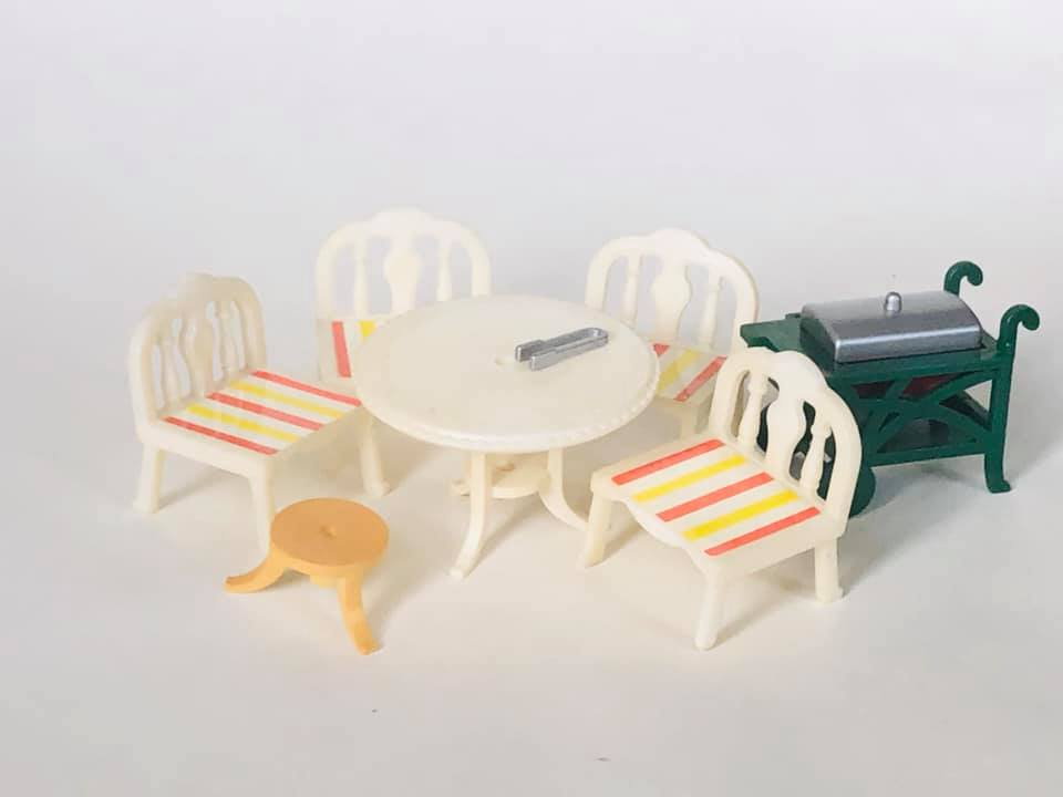 Sylvanian Families Tomy Patio Barbeque set