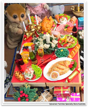Sylvanian FAmilies Christmas dinner table feast food accessories