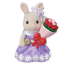 Sylvanian Families Milk Rabbit Sister selling flowers