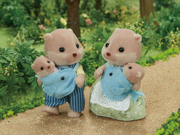 Sylvanian Families Baby Wearing Otter Family New In