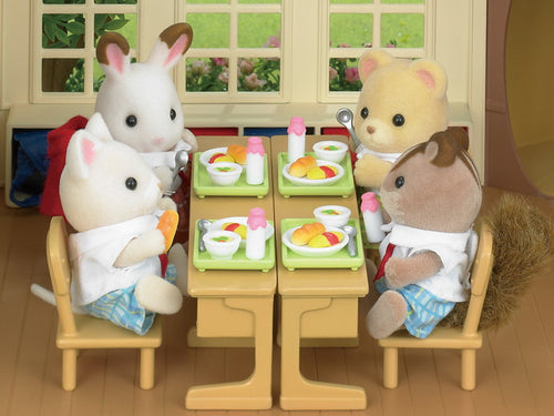 Sylvanian Families School Lunch Set with Petite Bear
