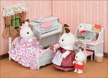 Sylvanian Families pretty girls bedroom set
