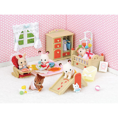 Sylvanian Families babies baby nursery with many accessories