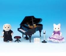 Sylvanian Families Concert Piano and Singer set