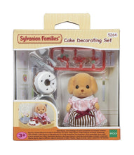 Sylvanian poodle Melinda Cakebread and cake baking set