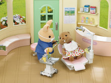 Sylvanian Families Dentist Set with Figure