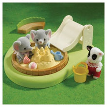Sylvanian Families Pool and Sandpit