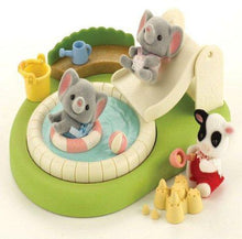 Sylvanian Families Swimming Pool and Sandpit