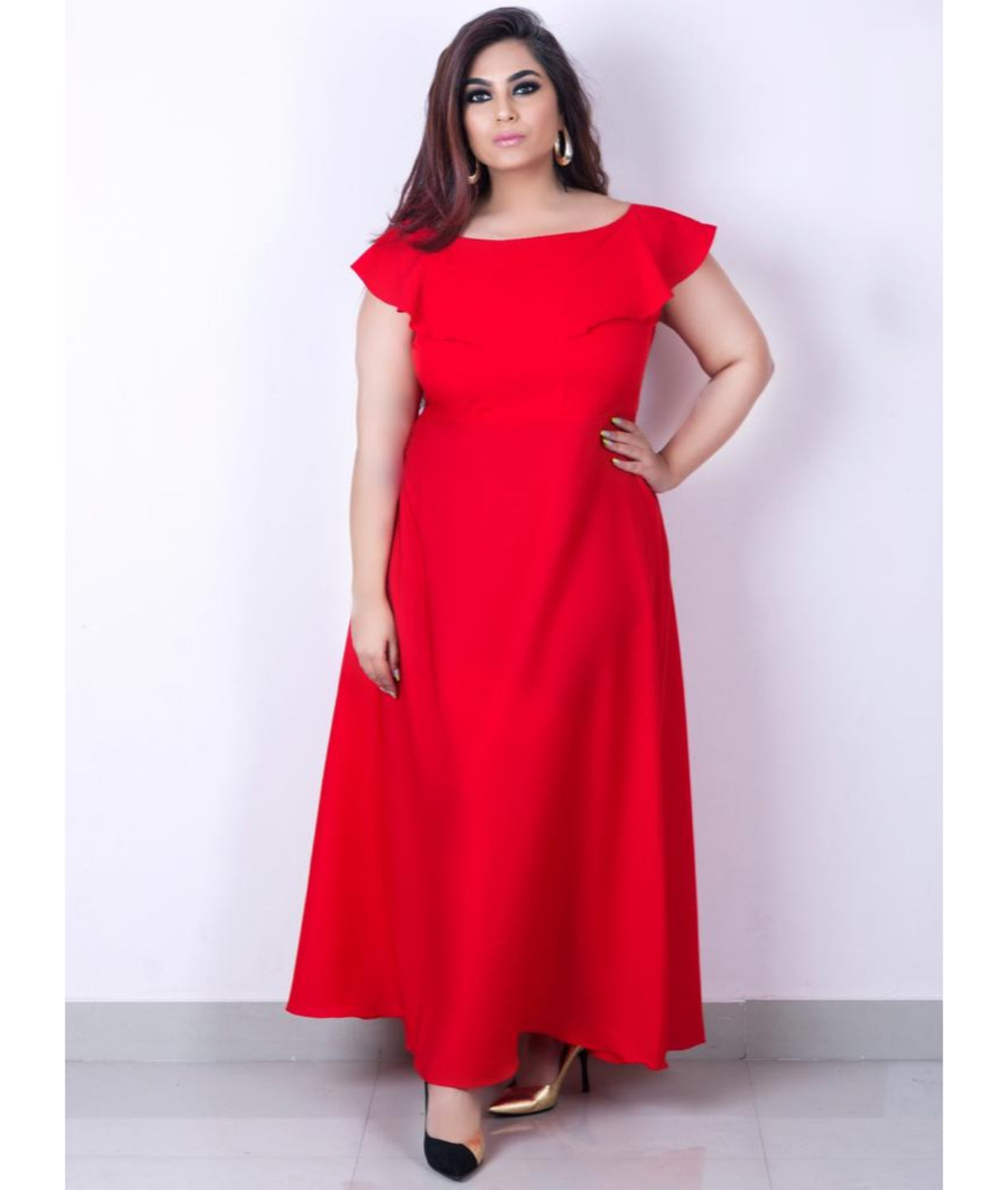 Uptownie Plus Red Solid Crepe Ruffled Maxi Dress/Gown