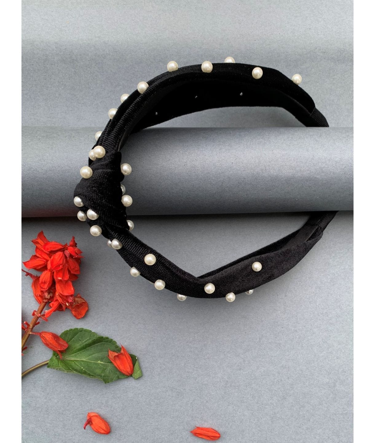 MARILLYN BEADED HEADBAND BLACK