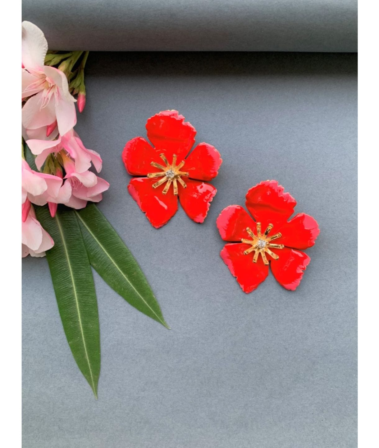 POPPY STUD EARRINGS RED