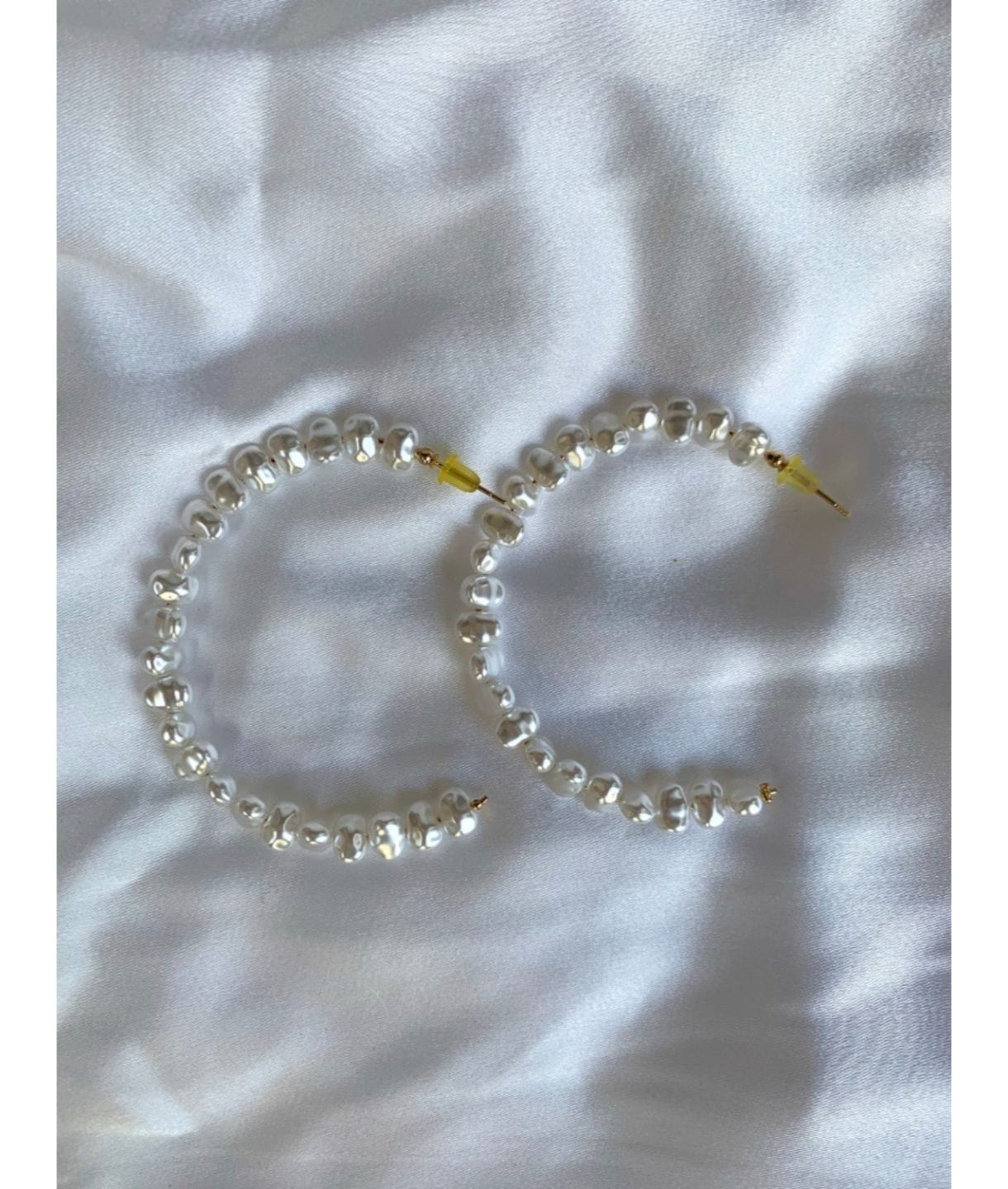 NATURAL PEARL  HOOPS