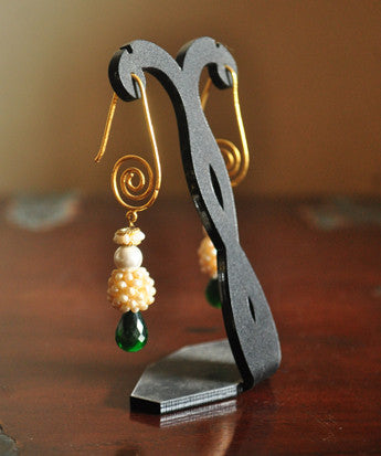 Uptownie X Nasserius-Spiral hook earring with pearls and stones - Uptownie