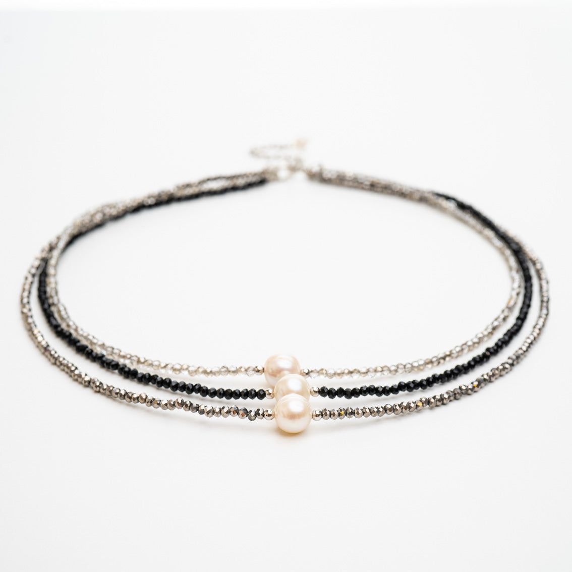 Caroline Crystal & Pearl Short Necklace | Stones that Rock