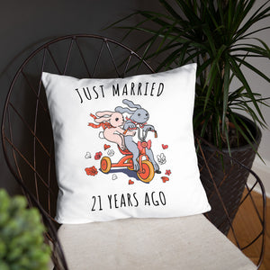 Just Married 21 Years Ago - Wonderful Nickel Wedding Anniversary Couple Bunnies Basic Pillow Gift