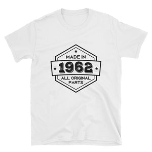 Made in 1962 - 56th Birthday Gift Unisex T-Shirt