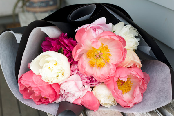 Peonies | Mixed | OUT OF SEASON