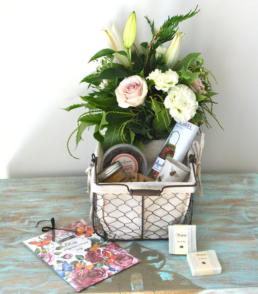 SWEET SURPRISE BASKET