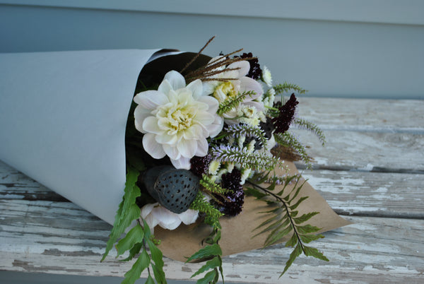 9x 'No Frills' Bouquet