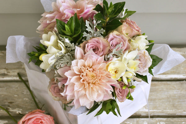 Waiheke Flower Company | New Zealand | Posy