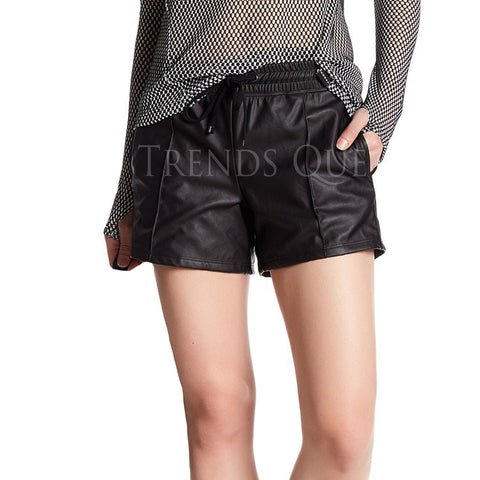 FAUX LEATHER BERMUDA SHORT