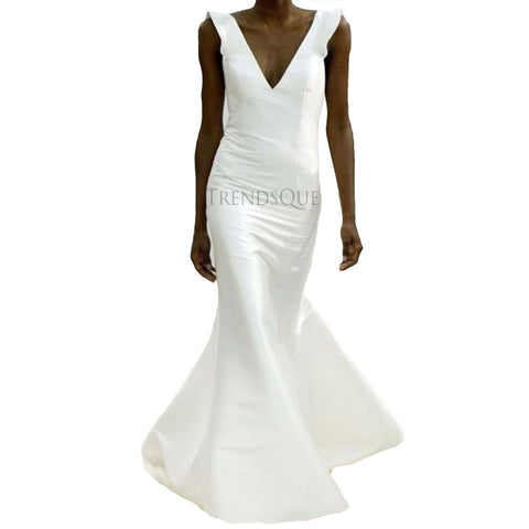 SLEEVELESS WOMEN LONG LEATHER WEDDING GOWN