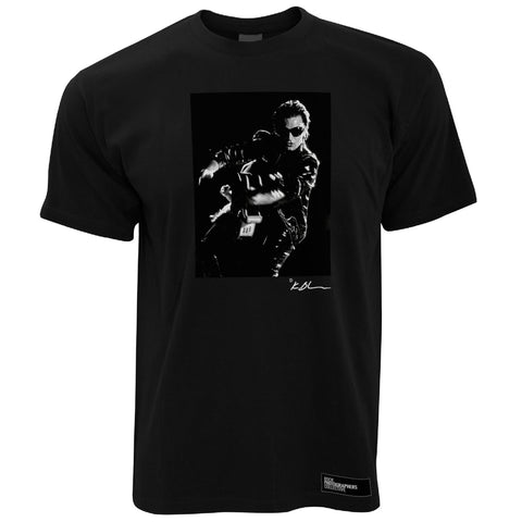 U2 live Bono with guitar high contrast b&w Men's T-Shirt