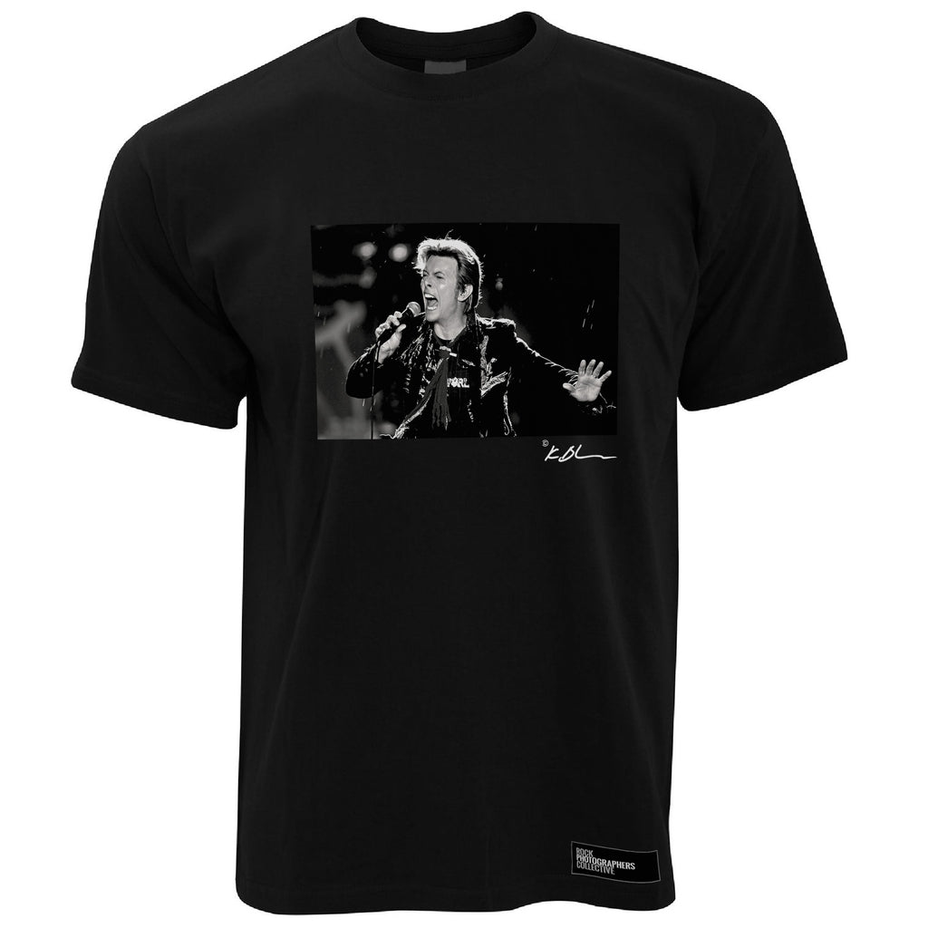 David Bowie live close-up with microphone Men's T-Shirt
