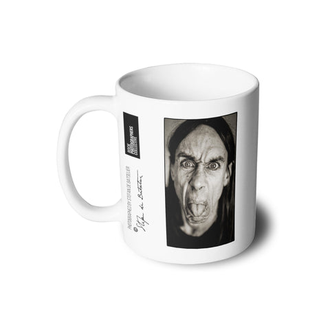 Iggy Pop, close-up, London, 1993 (SdB) Mug