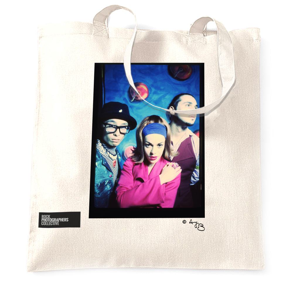 Dee-Lite (3) whole band Tote Bag. Colour.