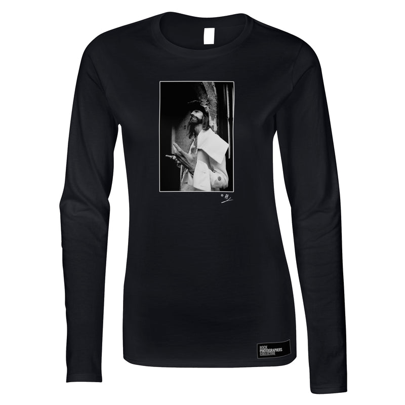 Arthur Brown location portrait AP Women's Long Sleeve