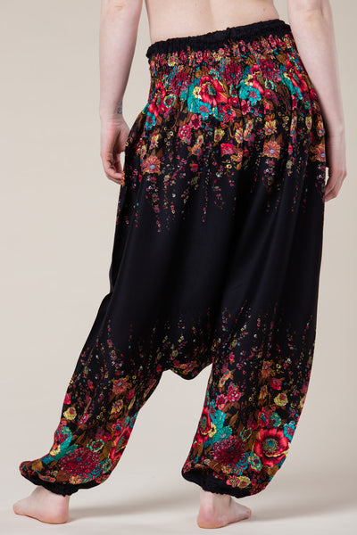 Floral Black Artisan Low Cut Haaremihousut