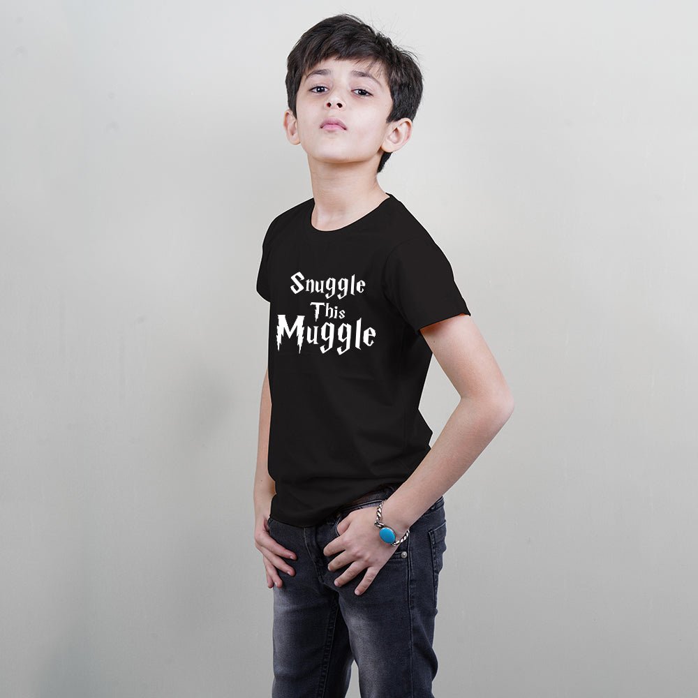 Cool Kids T-Shirt (Snuggle This Muggle) Stubborne