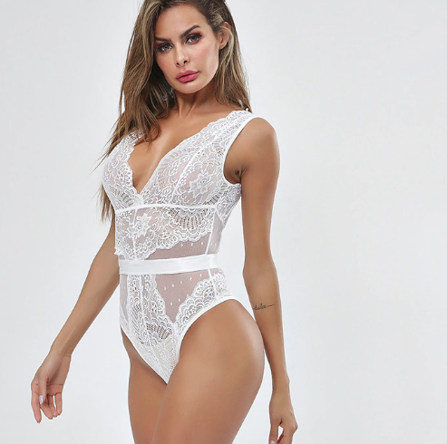 Body Memory in lace with wide shoulder