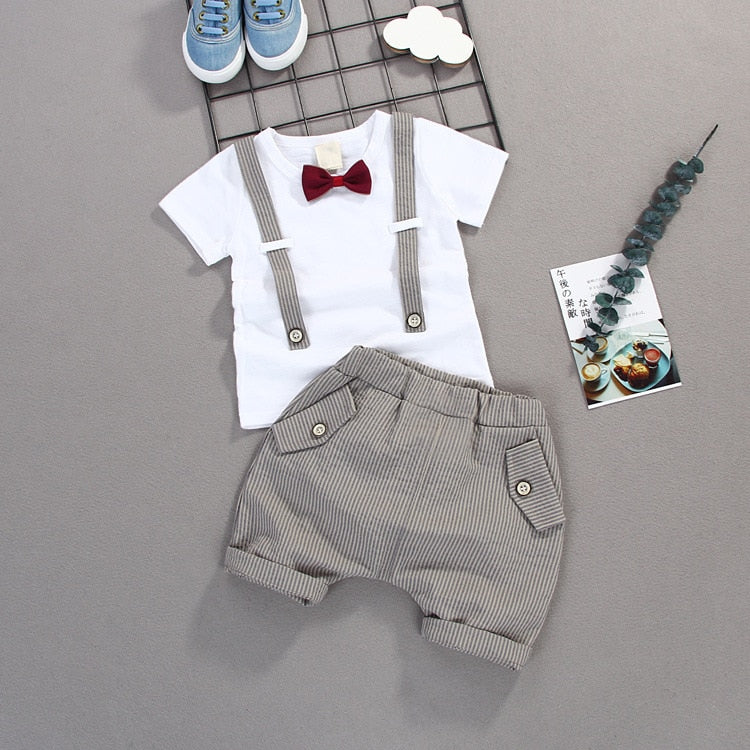 Smart boy's shirt and shorts set