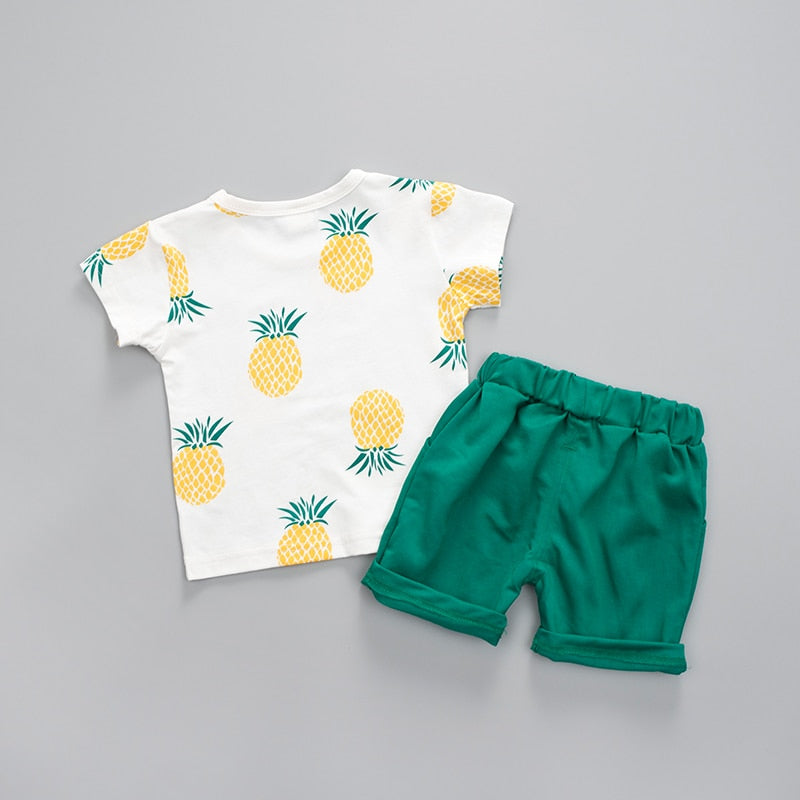 Pinapple baby boy set with fruit print, short-sleeved shirt and shorts