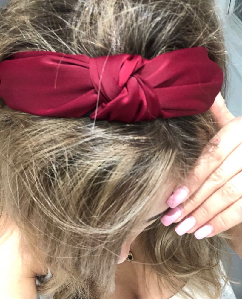 Cam padded knotted headband for hair