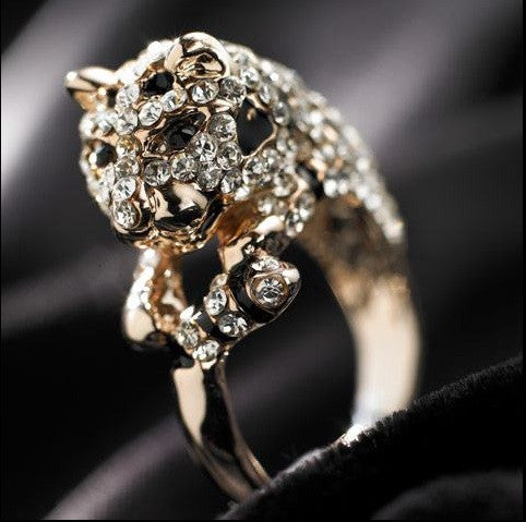 Designer Inspired Pale Gold and Crystal Diamante 'Lucky Leopard' Cocktail Ring