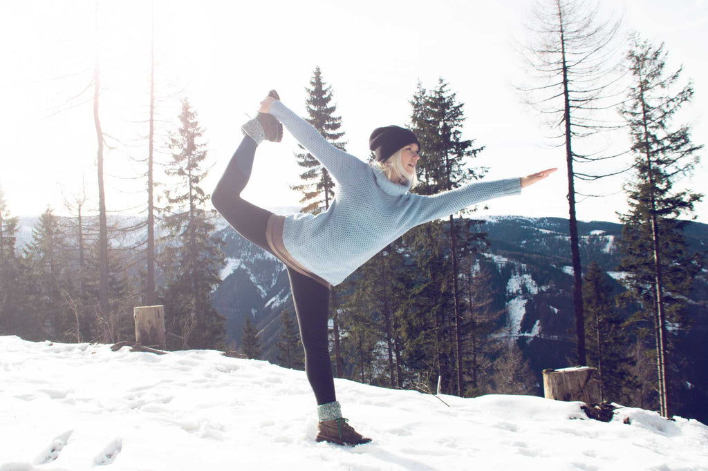 yoga in the winter, snow yoga
