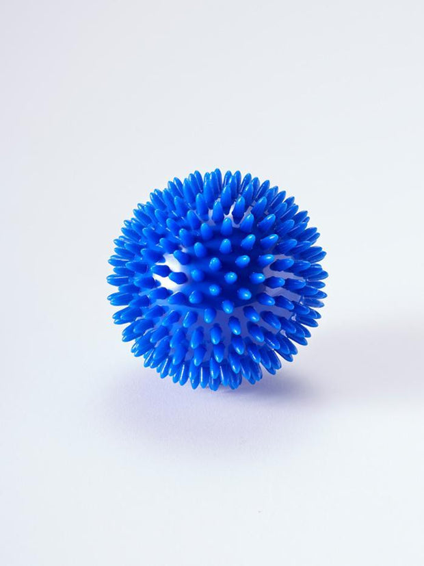 YogaMatters Yoga Props Yogamatters Spiky Massage Ball Blue Large (9cm)