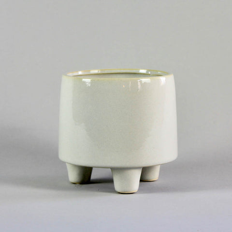 Troika White Pot Medium