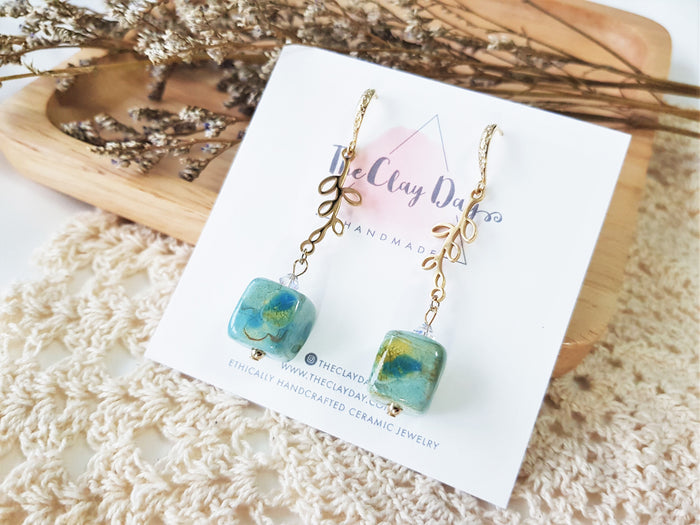 Natura Cube Drop Earrings