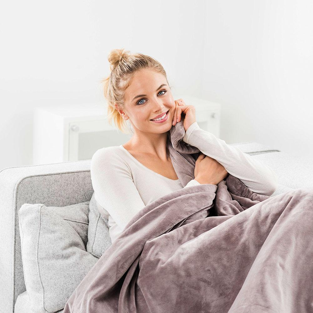 Heated cosy blanket | Spring Chicken
