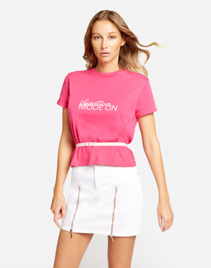 "T-Shirt ""Vacation Mode On"" con cintura"