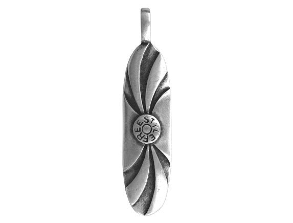 Olavi Freestyle Board Art Surfing Pewter Pendant Antique Silver Color
